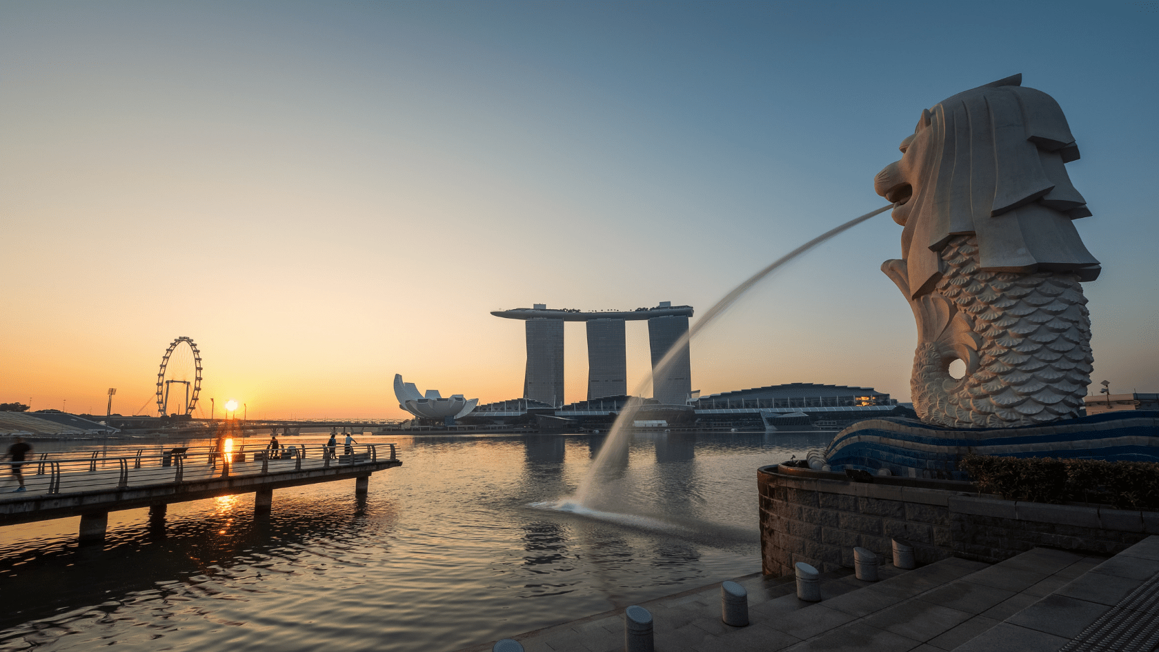 On average, a qualified English teacher can earn a salary in the range of 2,700 to 3,500 USD in Singapore. This is indeed one of the best places to teach English in Asia.